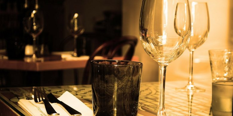 Wine Sets the Mood this Valentine's Day at TGI Fridays